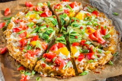 Bacon and Egg Breakfast Pizza with Hashbrown Crust, Avocado and Sriracha