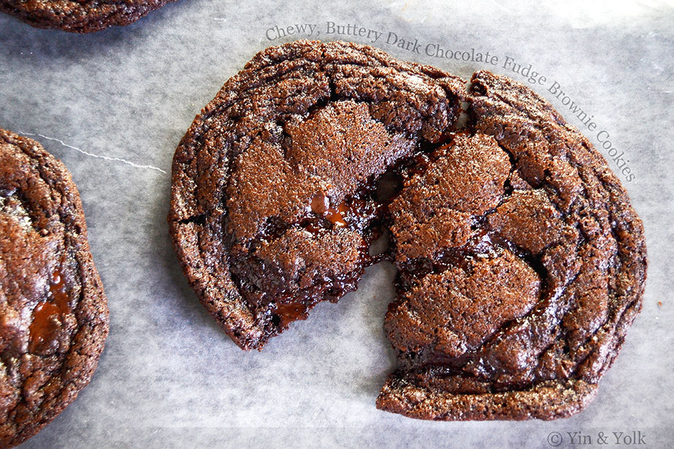 Chewy, Buttery Dark Chocolate Fudge Brownie Cookies