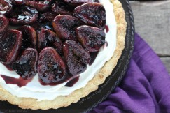Fluffy Brown Sugar Sweetened Mascarpone Tart with Cinnamon Port Roasted Figs