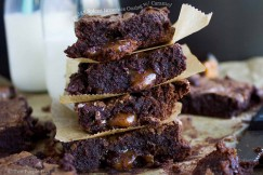 Fudgy Spiced Brownies Oozing with Caramel