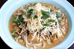 Khao Soi &amp;#8211; Northern Thai Red Curry Chicken Soup with Crispy Noodles