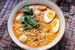 Malaysian Fishball Laksa – Spicy Fishball Noodle Soup in a Coconut Curry Broth with Boiled Eggs