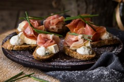 Prosciutto Buschetta with Ricotta Mousse, Brie and Chives