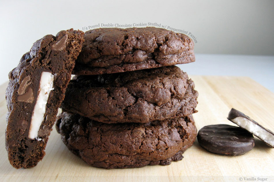 Pound Double Chocolate Cookies Stuffed with Peppermint Patties ...
