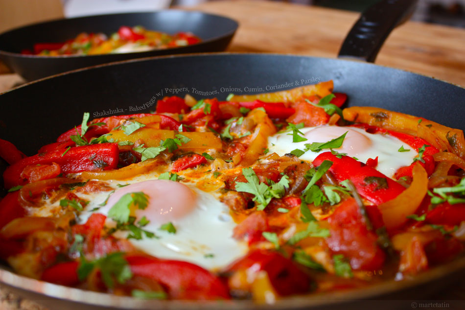 Shakshuka &amp;#8211; Baked Eggs with Peppers, Tomatoes, Onions, Cumin, Coriander and Parsley