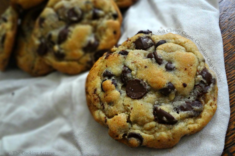 Soft Chewy Classic Chocolate Chip Cookies