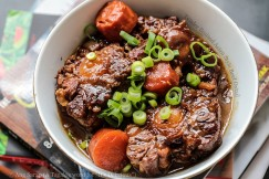 Tender Braised Asian Style Beef Oxtail